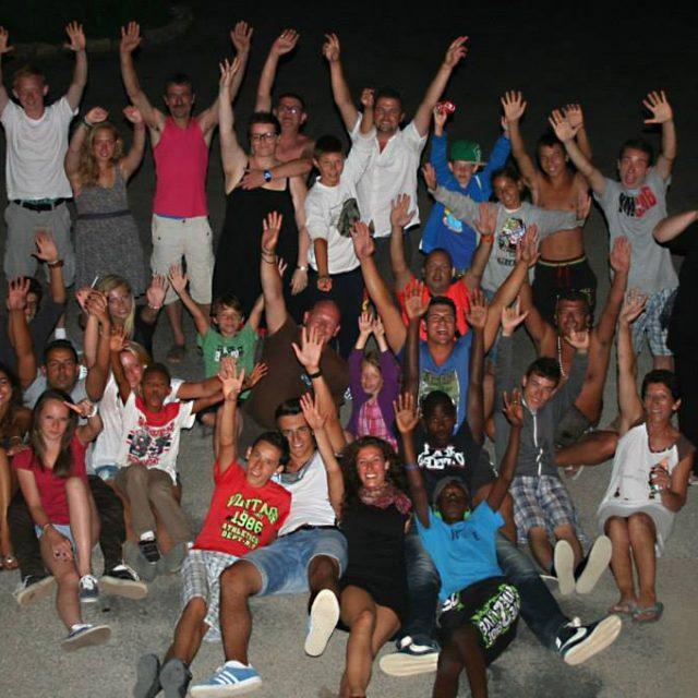 le groupe d'ado au camping à villecroze